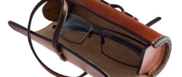 皮革教程:如何手工制作一个圆柱形眼镜包(眼镜保护盒)