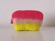 冬天啦,来点温暖的颜色,羊毛毡手提小包