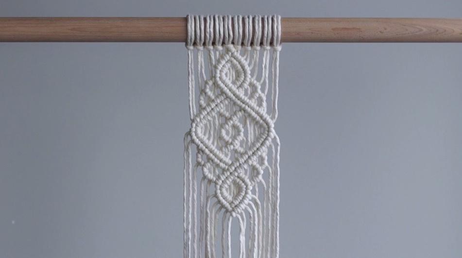 DIY绳编挂毯教程:使用双半结,编织简单的迷你挂毯