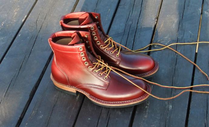 樱桃红工装靴,骚年必备,再不骚你就老了
