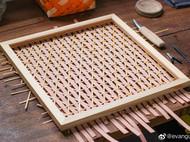 羊毛毡和竹编的结合,让人感到温暖亲切。