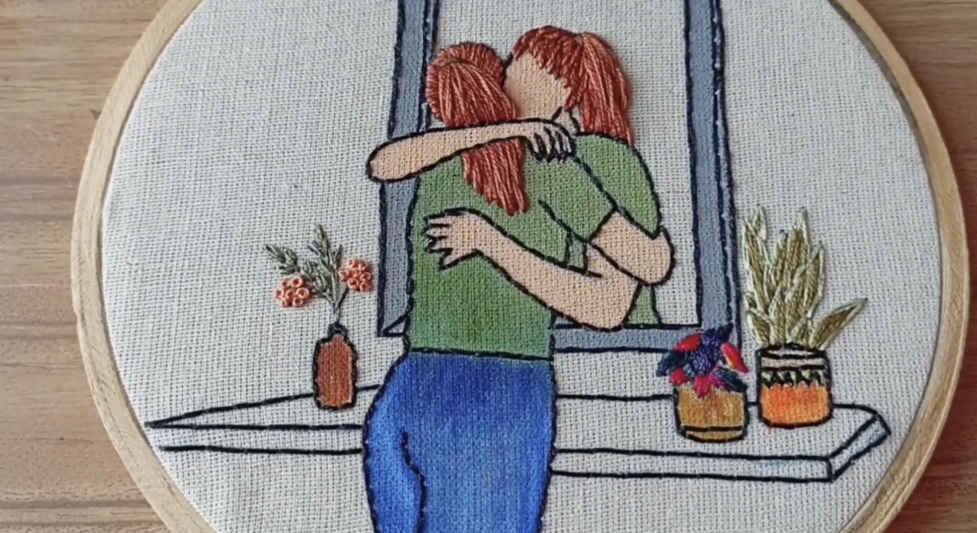 """DIY创意手工刺绣""""隔窗相拥的女孩""""创作过程视频"""