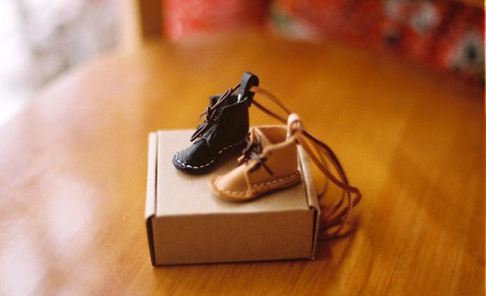【哒哒】手工迷你小皮靴