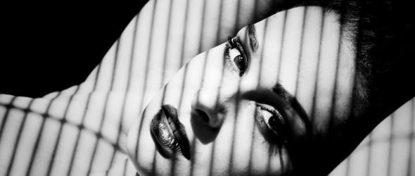 黑与白的丰腴 | 摄影师Hana人像摄影集