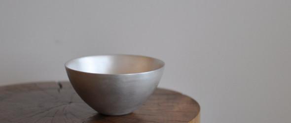 简洁之中带着淡淡的金属质感 - 日本手工匠人青木良太的陶瓷器皿