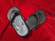 骄阳手工皮具定制纯黑色沙滩拖鞋选用意大利进口皮革纯手工制做