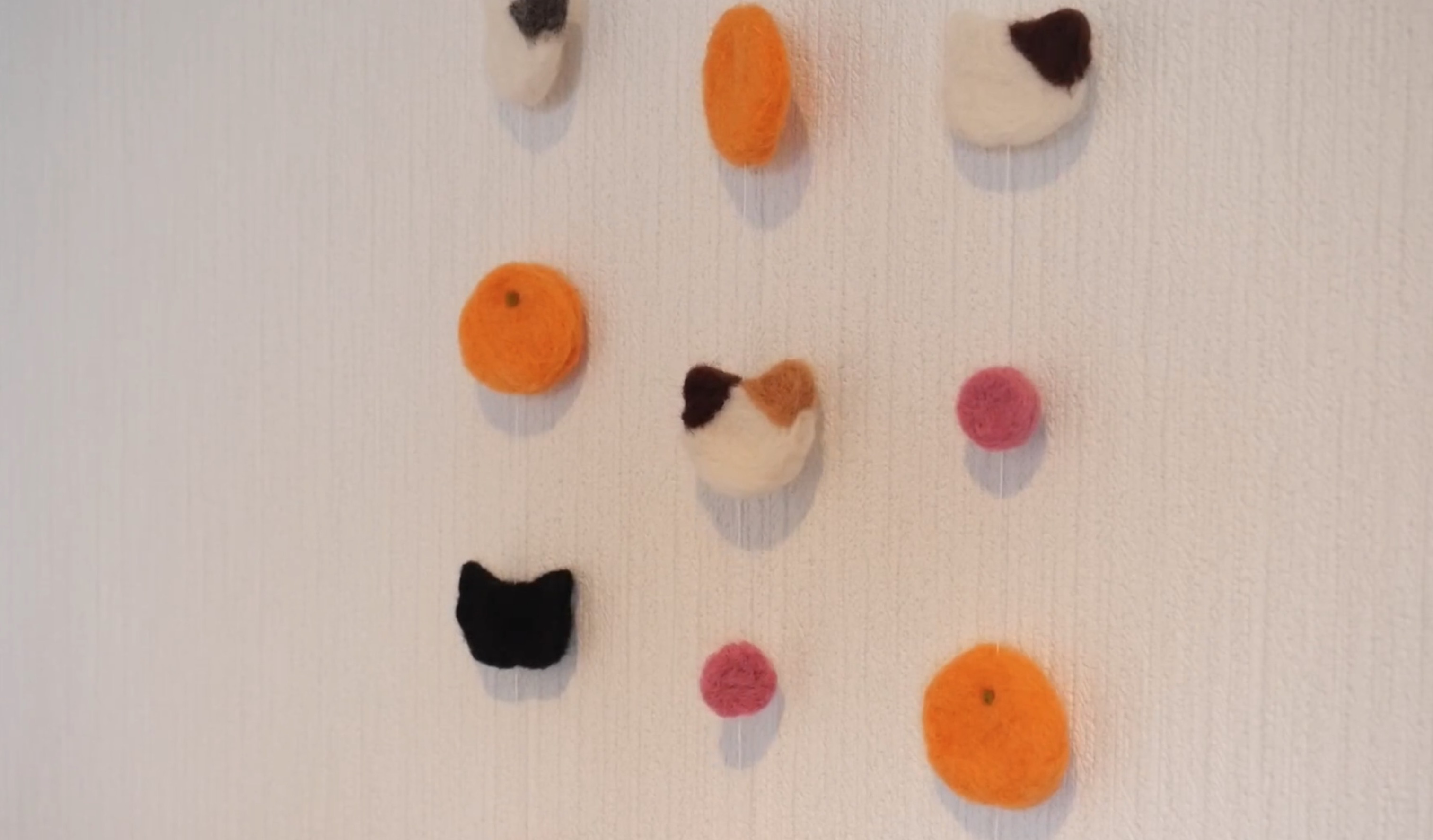 针毡入门DIY教程:制作简单的羊毛毡挂饰