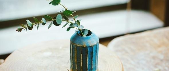 鲜活而美丽的陶器花器 | 小川绫