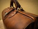 DIY皮革教程 - 详细的皮革MD公文包(医生包)制作过程和教程