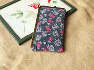 手工自制文艺复古碎花手拿手机包袋口金包苹果6plus优雅绿花纹