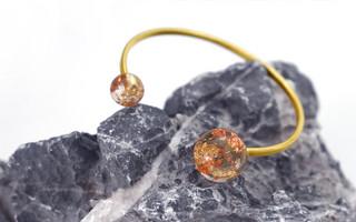 两种材质的最佳搭配,手工制作黄铜金箔玻璃球滴胶手镯--图文