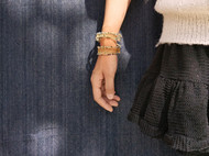 三晒定制 原创设计手工绕线黄铜琉璃开口手镯臂环