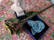 蕾丝钩针胸花