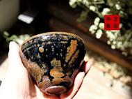 传统龙窑柴烧的全手工小茶碗