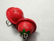 画俩草莓铃铛