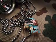 俄罗斯铜斑蛇Copperhead霸天虎飞行员款骷髅刀坠 ckf墨镜刀珠