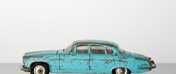 汽车,男生醒不来的梦 | 摄影师 Iain Kemp 拍摄的复古迷你汽车