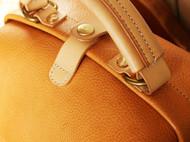 纯手工缝制意大利进口本色植鞣前置大拉链袋日式口金双肩包