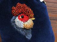 鸡年已过啦!深蓝丝绒手工刺绣珠绣公鸡口金包