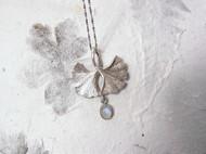 【信物,之一】纯然物语原创设计 手工纯银银杏叶 蓝月光石吊坠