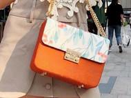 吴小姐的店--橘色·夏初开翻盖式手工包