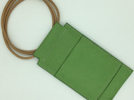 【DIY已打斩皮革材料包】绿色雾蜡植鞣革头层牛皮简约手机包(iphone6plus适用)