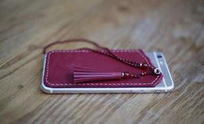 #手机壳# 和朋友的串珠店合作