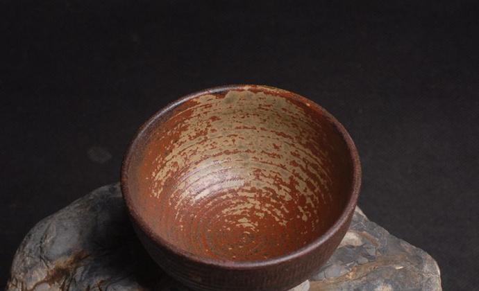 水云轩原创纯手工手拉坯草木灰釉窑变粗陶茶盏主人杯