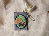小一 不织布 手工布艺DIY 可爱小蘑菇 卡套 成品