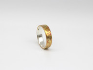 木纹金戒指——就好似岁月的印记环绕指间,时刻铭记1