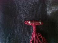 水滴绳编胸针