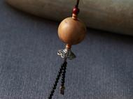 柒言原创-手工定制-崖柏大珠子-搭配藏银配饰和黑玛瑙流苏小珠子