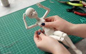 超详细的铰接式BJD娃娃制作视频教程(第四部分)