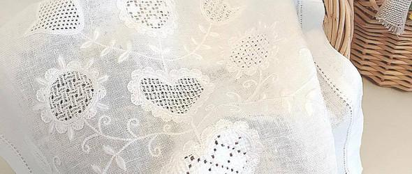 白线刺绣 / 白糸刺繍