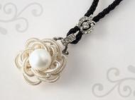 珍珠花墜飾