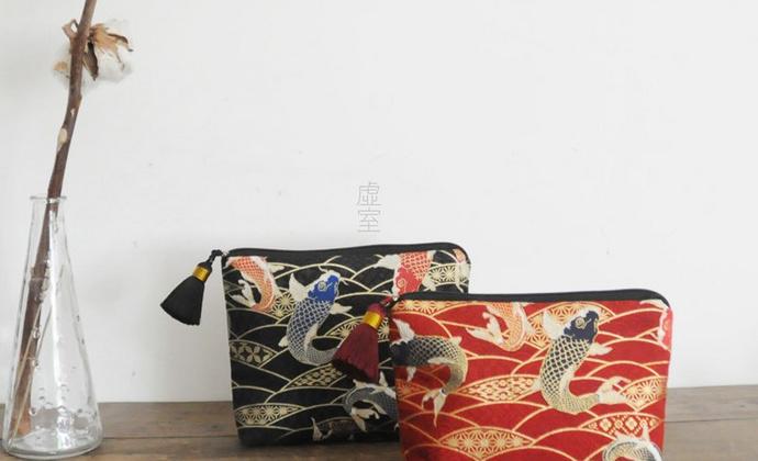 新年红 鲤鱼跃龙门 收纳包 化妆品数据线收纳整理包