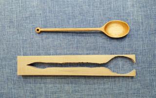 如何手工制作一把木勺子