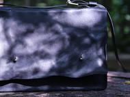 黑色褶皱版书包 / 相机包