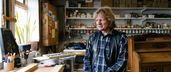 既满足了做一名木匠的梦想,也保持对音乐的热情:冰岛管风琴制造家Björgvin Tomasson