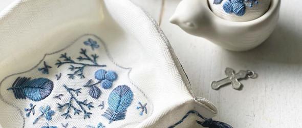 单色线条构成的美丽刺绣