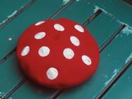 浆果红蘑菇帽