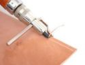 皮革基础教程之三:皮革缝线前准备,怎么样使用皮革挖槽器,间距轮,菱斩和打孔器的教学教程