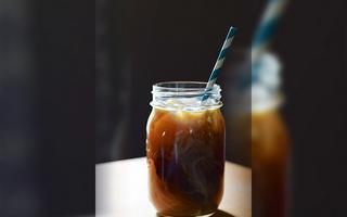 如何制作一杯冰咖啡