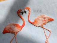 手工刺绣火烈鸟手拿包化妆包