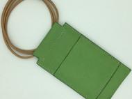 【DIY已打斩皮革材料包】绿色雾蜡植鞣革头层牛皮简约手机包(iphone6适用)