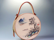 MIFENDI米芬蒂艺语系列圆鼓包,由画家亲手画上去的,是不是很有感觉?