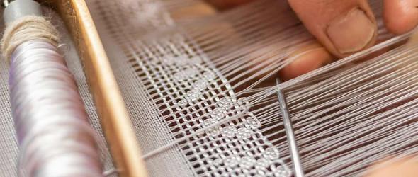 独特的罗马尼亚织布式蕾丝编织工艺
