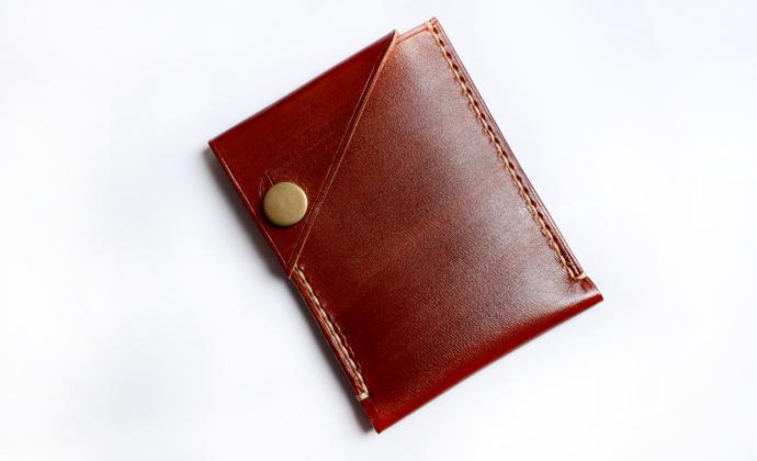 浅茶色植鞣革名片包卡包