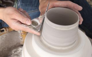 快乐的手作时光,手工咖啡杯的修坯过程