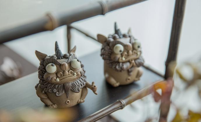 景德镇陶瓷捏雕 手工原创器物 会存在不同风格的变化和工艺的限制
